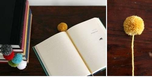 Puntos de libro con forma de pompón