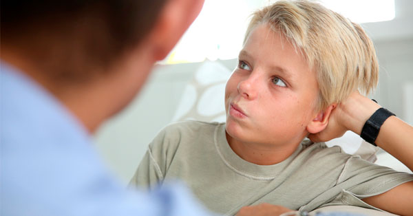 Cómo conseguir que tu hijo te haga caso