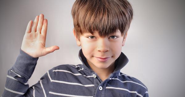 Cómo tratar la mentira compulsiva de mi hijo